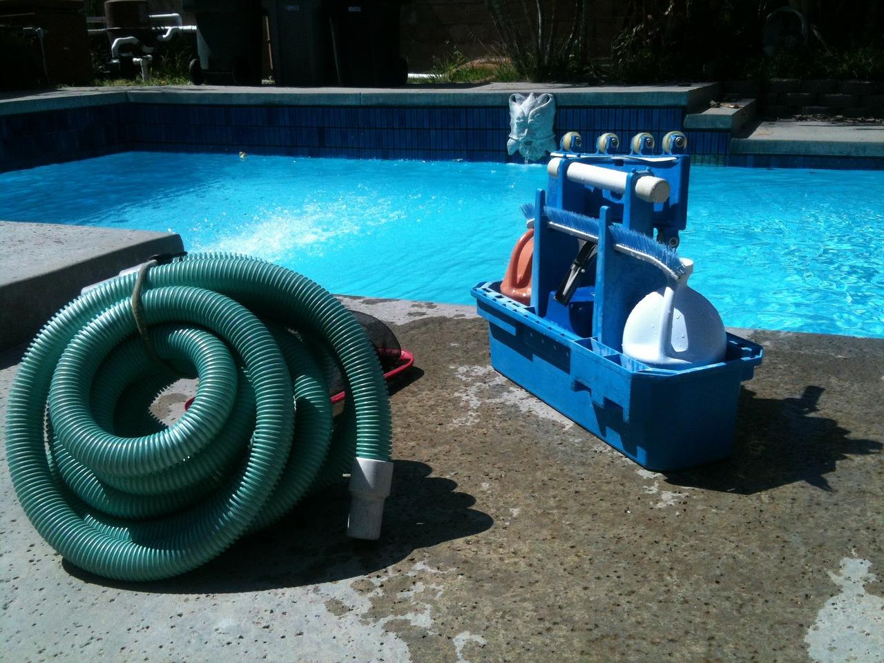 nettoyer la piscine
